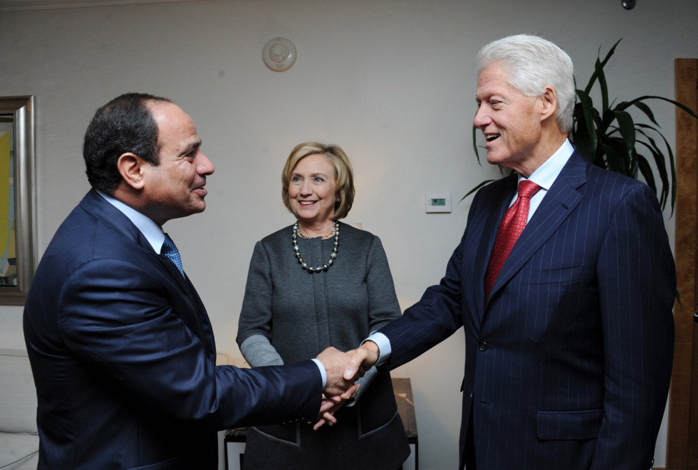Egyptian President Abdel Fattah el-Sisi met with the Clintons in 2014.