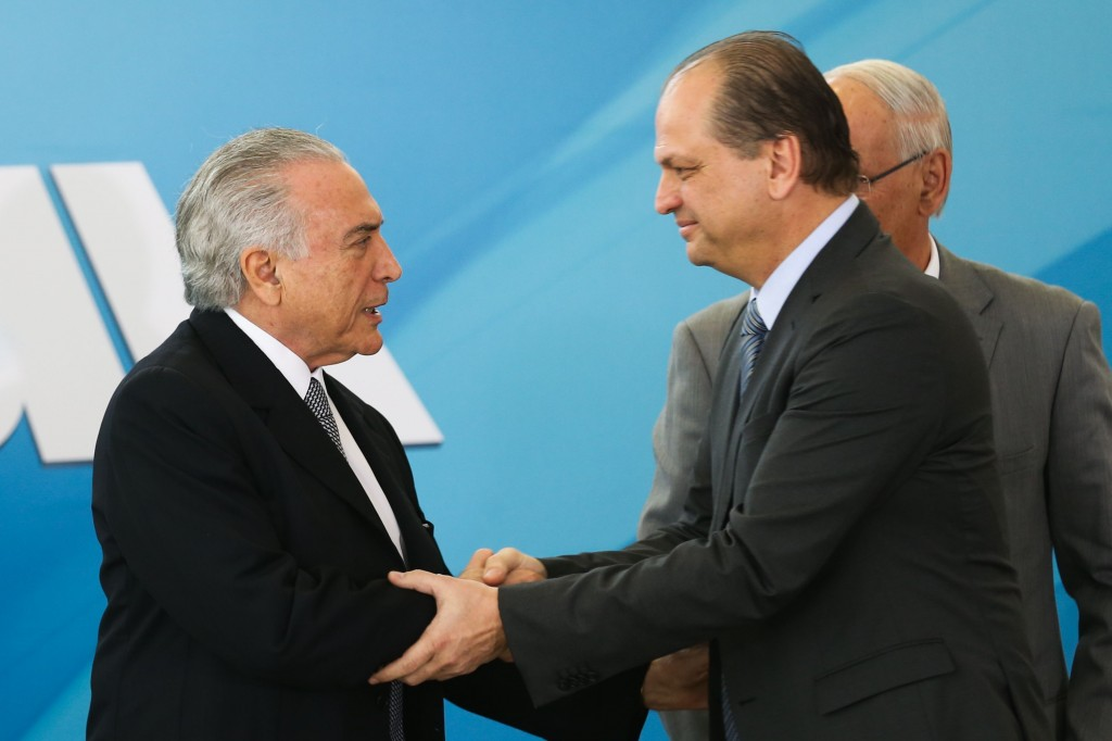 O ministro da Saúde, Ricardo Barros e o presidente da República, Michel Temer anunciam, no Palácio do Planalto, ações de gestão na saúde pública (Antonio Cruz/Agência Brasil)