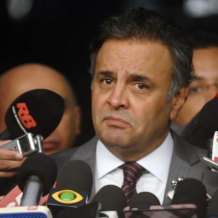 Senador Aécio Neves (PSDB-MG) concede entrevista. Foto: Marcos Oliveira/Agência Senado