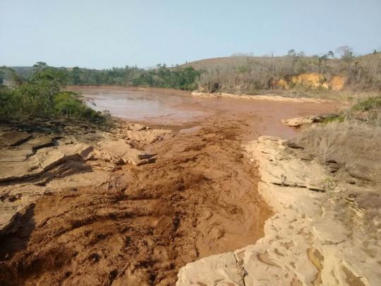 8_Mud-in-Cachoeira-dos-oculos-2