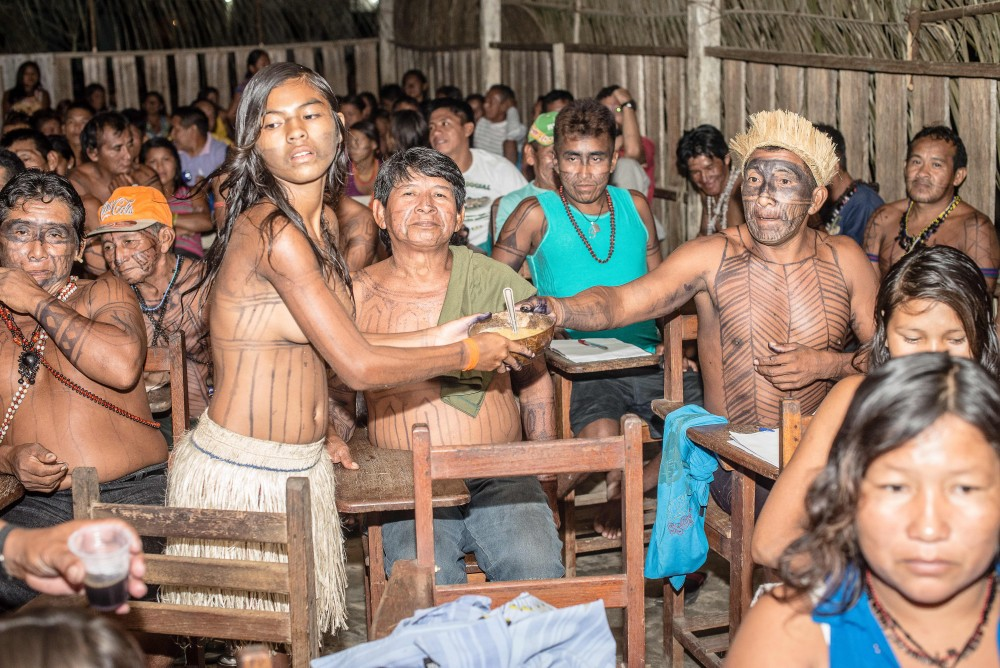 5-Munduruku-Indians-meet-to-decide-strategy-Sept-2014-Muaricio-Torres-copy