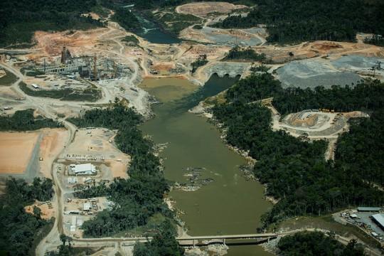 11-Teles-Pires-hydroelectric-dam-under-constructio…rent-Millikan-1483993826