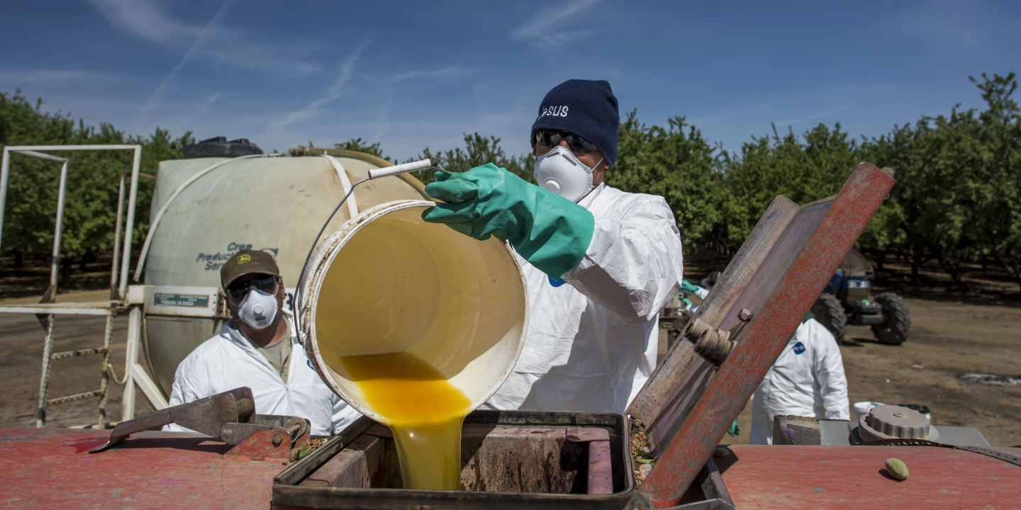 Pesticide Exposure In Pregnancy Linked >> Dow Chemical Wants Farmers to Keep Using a Pesticide ...