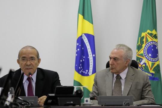 Brasília -  Presidente Michel Temer durante reunião com  o ministro-chefe da Casa Civil da Presidência da República, Eliseu Padilha (Marcos Corrêa/PR)