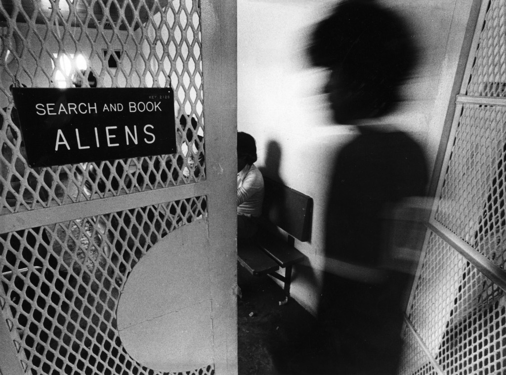 BROWNSVILLE, TX - SEPTEMBER 7: Aliens apprehended by the Border Patrol await questioning in Brownsville, Texas in September 1984. (Photo by Stan Grossfeld/The Boston Globe via Getty Images)