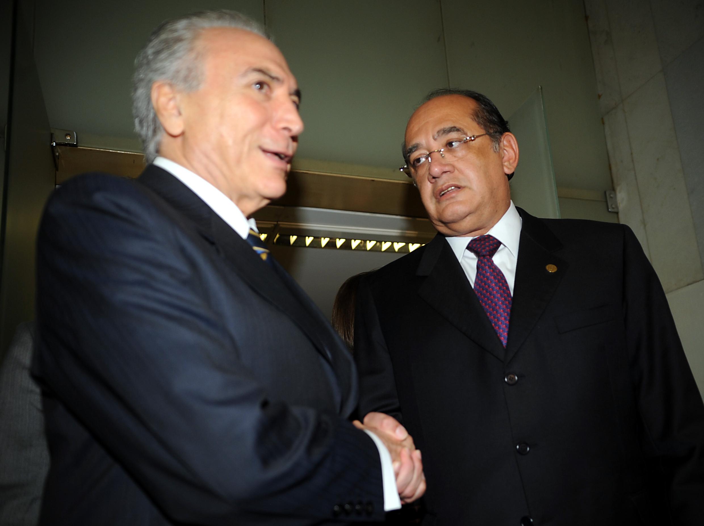O presidente da C?mara, Michel Temer, reune-se com o presidente do Supremo Tribunal Federal (STF), ministro Gilmar Mendes, que falou sobre projetos para aumentar a eficincia da justia criminal.