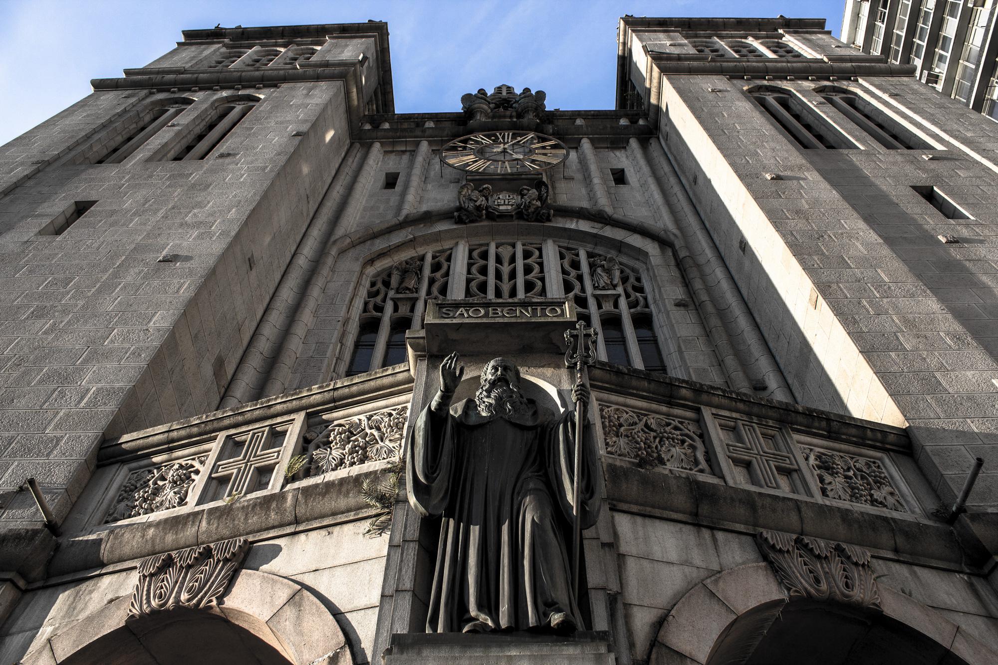 Fachada do Mosteiro e Igreja de São Bento, no centro de São Paulo, SP. (São Paulo, SP, 03.08.2012. Foto de Alf Ribeiro/Folhapress)